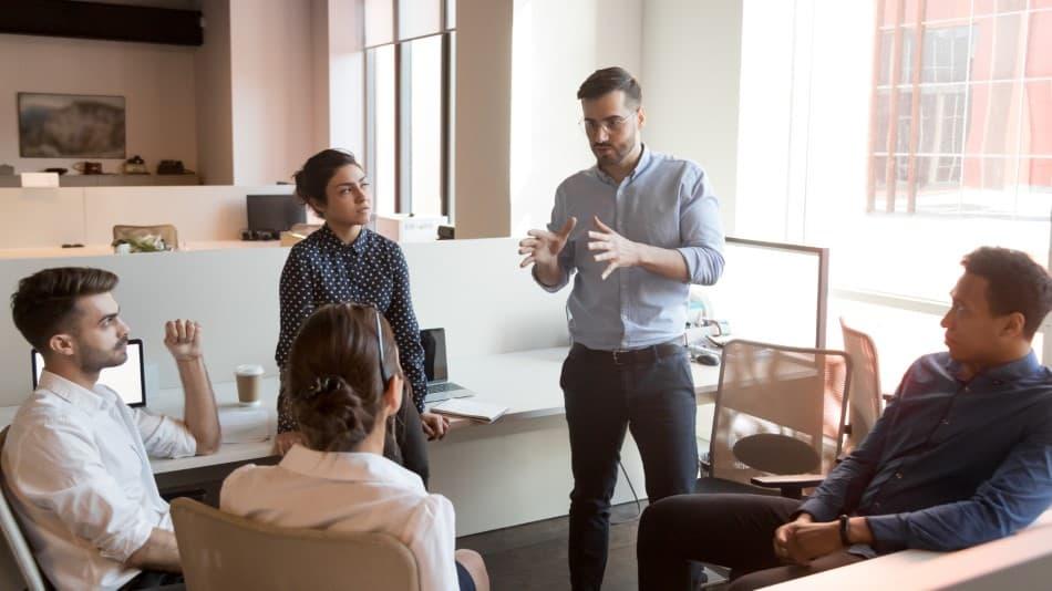 Podnikateľ vs. zamestnanec